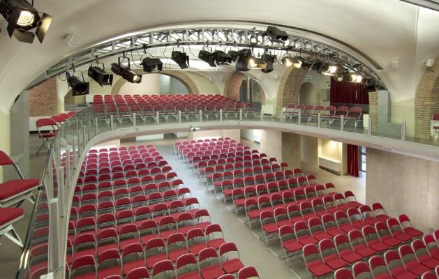 Salle Meeting - Théâtre
