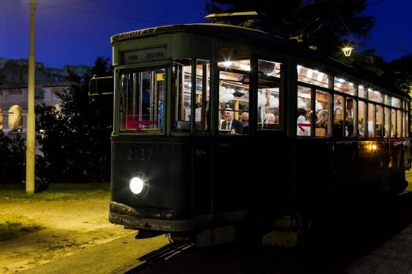 tram-diner-rome