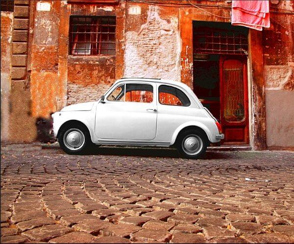 Fiat 500 mur coloré