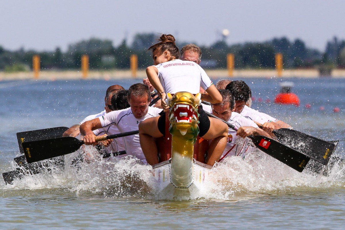 Dragon Boat team building Rome_BeyondRoma