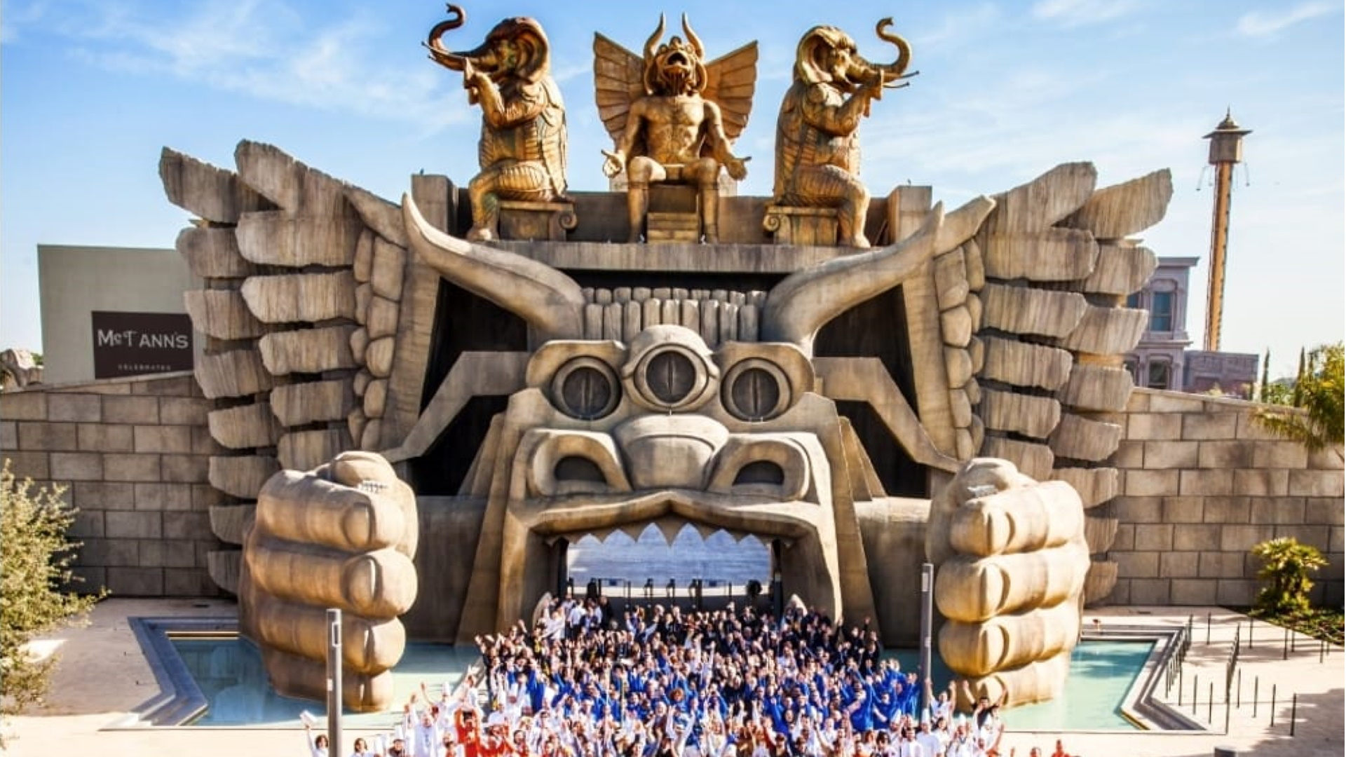 Parc d'attractions Cinecittà World divertissement fun amis _BeyondRoma